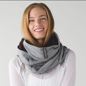 LULULEMON Vinyasa Velour Blanket Scarf Fleece